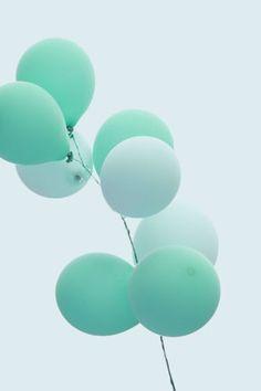 Mint and aqua balloons!