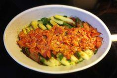 Spargelauflauf mit Tomate und Spinat - Paleo360.de