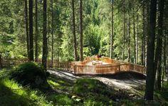 WildeWasserWeg Etappe 1   Tourismusverband Stubai Tirol Garden Bridge, Country Roads, Outdoor Structures, Places, Waterfall, Tourism, Hiking, Nature, Lugares
