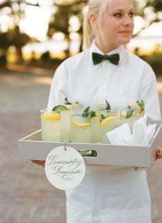 Charleston Wedding by Tara Guerard and Liz Banfield - Southern Weddings #taraguerardsoiree #taraguerarddecor #lizbanfieldphotography