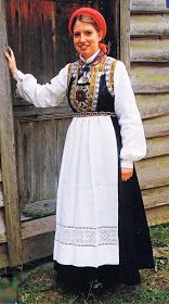 FolkCostume&Embroidery: Overview of Norwegian costume, part Hordaland Norse Clothing, Costumes Around The World, Frozen Costume, Costume Institute, Folk Costume, Summer Outfits Women, Historical Costume, Traditional Outfits, Bridal Dresses