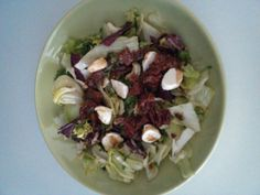 Salát s mozzarellou a sušenými rajčaty od sonizny