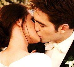 bd kiss :')