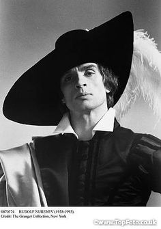 Nureyev in John Neumeier's 'Don Juan'.This photo looks like it has been modeled after a painting............