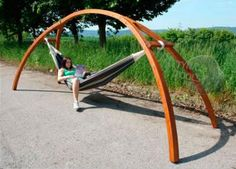 Wooden Hammock Stand Wooden Stand for Hammock Stand … - Armchair Ideas Wooden Hammock Stand, Hammock Frame, Deck Furniture, Metal Furniture, Furniture Design, Furniture Movers, Outdoor Projects, Wood Projects, Ideas Cabaña