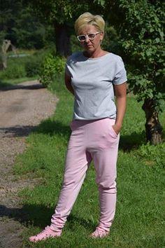 20264738_1297966440312480_3028898135358323829_n Sporty, Pants, Style, Fashion, Trouser Pants, Swag, Moda, Fashion Styles, Women's Pants