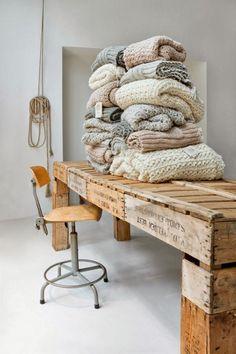 Pallet table natural colours texture
