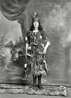 20 Great Vintage Christmas Photos From The Early : New Zealand circa portrait, young woman in Christmas tree fancy dress and hat costume, with little presents and decorations hanging off her, Christchurch. Half-plate glass negative by Adam Maclay Christmas Tree Fancy Dress, Christmas Tree Costume, Christmas Past, Christmas Cards, Christmas History, Christmas Morning, Holiday Cards, Christmas Decorations, Vintage Christmas Photos