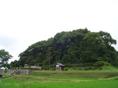The tomb of Empress Suiko, Taishi-cho, Minami-Kawachi county, Osaka