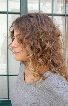 Romantic Long Curly Ombre Hair