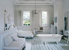 Goodbye Color: 25 Fabulous All-White Rooms via Brit + Co.