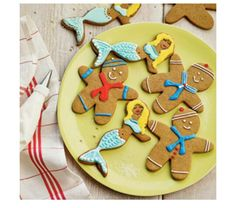 Christmas Cookies for Kids gingerbread cookie decorating ideas MyRecipes Christmas Cookies Kids, Cookies For Kids, Fun Cookies, Holiday Cookies, Sugar Cookies, Delicious Cookies, Iced Cookies, Decorated Cookies, Christmas Treats