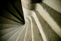 OMG I've tried to climb these very stairs - horrifying!
