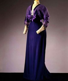 Afternoon dress, ca. 1910. Costume Gallery at the Palazzo Pitti  / Europeana Fashion.