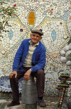 Robert Vasseur at his home in Louviers, France, 1992. Photo by Xavier Rossi/Gamma-Rapho via Getty Images.