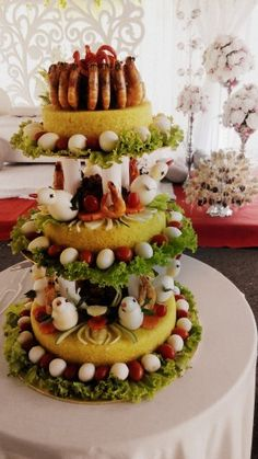 Yellow Rice, Indonesian Cuisine, Food Decoration, Rice Cakes, Baking Tips, Catering, Tart, Waffles, Food And Drink