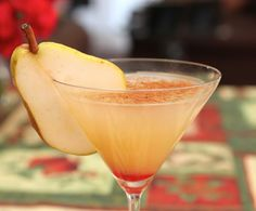Spiced Pear Martini – The Perfect Elegant Holiday Cocktail