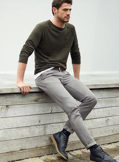 SEPTEMBER: Don't say no to chino! Discover the entire range of versatile, high-quality chino styles.