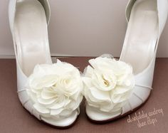 Clip-on Shoe Flowers to dress up your heels