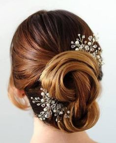 Two-Toned Twist wedding hair updos