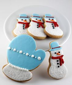Basic Vanilla Sugar Cookie Recipe -- These cookies are just begging for a hot mug of cocoa, don't you think? ...  Basic Vanilla Sugar Cookie Recipe