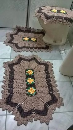 Bath crochet patterns part 7 – Artofit Crochet Hippo, Crochet Mat, Crochet Stitches Patterns, Crochet Squares, Crochet Doilies, Easy Crochet, Free Crochet, Crochet Home Decor, Crochet Handbags