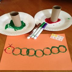 Toddlers and kids love these super easy Caterpillar Crafts! These kids crafts go great with The Very Hungry Caterpillar children's book. Toddlers and kids love these super easy Caterpillar Crafts! These kids crafts go great with Daycare Crafts, Kids Crafts, Easy Crafts For Toddlers, Circle Crafts Preschool, Childrens Crafts Preschool, Arts And Crafts For Kids Toddlers, Preschool Family Theme, Preschooler Crafts, Abc Crafts