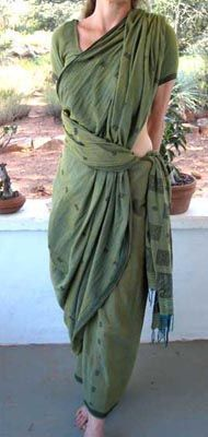 """""""Pinkosu means """"pleats on the back"""". The sari drape is incredibly elegant and adding a lilt to the hips and a flattened front line, incredibly sexy. Traditionally worn without a petticoat, it is cool and comfortable in the humid heat of Tamil Nadu."""""""