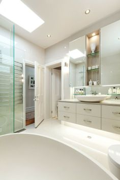 A light, airy and luxurious bathroom designed and built by John Perini in Hawthorn East. Click through to the website to view more images of this stunning bathroom!