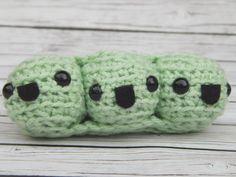 Here are the happiest peas in a pod you ever seen!These fun amigurumi kawaii peas in a pod were made out of a light green acrylic yarn, stuffed with polyfill and have safety eyes and felt mouth...