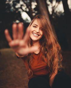 Gorgeous Female Portrait Photography by Luiz Claudio Summer Photography, Stunning Photography, Photography Women, Life Photography, Creative Photography, Portrait Photography Poses, Portrait Poses, Female Portrait, Portrait Photographers