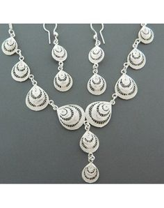 silver filigree necklace and earrings
