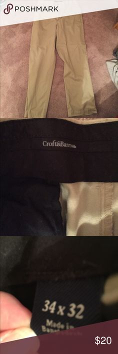 Great condition men's dress pants Only worn a few times....great condition croft & barrow Pants Dress