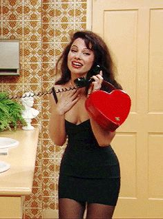 Fran Drescher in 'The Nanny' Source by wowiealli Fashion outfits 2000s Fashion, Fashion Week, Look Fashion, Fashion Outfits, Fashion Tips, Fashion Trends, Nanny Outfit, 90s Outfit, Valentine's Day Outfit