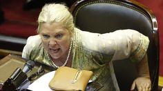 Fiel a su estilo, la líder de la Coalición Cívica criticó con fuerza al kirchnerismo en un explosivo discurso