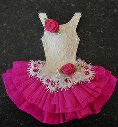Card Art Kilcoole: Miniature Paper Dresses