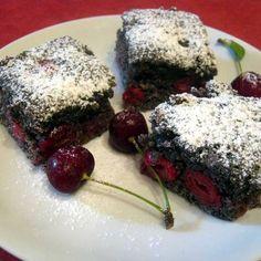 Mákos-meggyes kevert süti