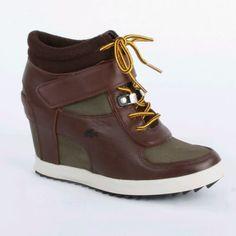 Lacoste womens shoes Berdine 4 leather wedge sneakers dark brown/green. NIB(sale