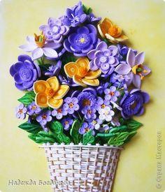 Картина панно рисунок День рождения Квиллинг Корзина весенних цветов Бумажные полосы фото 2