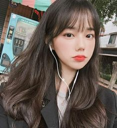 Best Picture For korean beauty routine For Your Taste You are looking for something, and it is going Korean Bangs Hairstyle, Korean Haircut, Hairstyles With Bangs, Ulzzang Hairstyle, Korean Hairstyles Women, Ulzzang Short Hair, Teen Girl Hairstyles, Haircuts Straight Hair, Asian Hairstyles