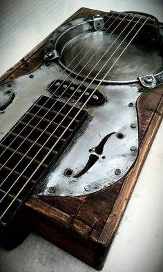 About Cigar Box Guitars by Rod… Unique Guitars, Custom Guitars, Vintage Guitars, Making Musical Instruments, Homemade Instruments, Cigar Box Guitar, Guitar Shop, Cool Guitar, Ukulele
