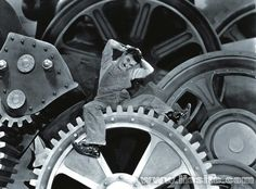"""Charlie Chaplin – Le macchine che danno l'abbondanza ... Il solito grande Chaplin. Non solo attore ovviamente, ma forse e soprattutto """"uomo"""". Un'altra citazione dal film """"il grande dittatore"""": splendida!  #CharlieChaplin, #macchine, #uomo, #bontà, #intelligenza, #liosite, #citazioniItaliane, #frasibelle, #ItalianQuotes, #Sensodellavita, #perledisaggezza, #perledacondividere,"""