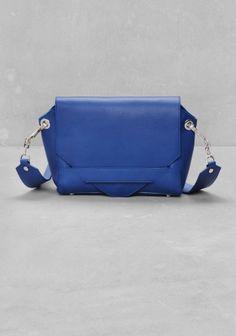& Other Stories   Leather shoulder bag  http://allegro.pl/other-stories-chabrowa-torebka-skora-640-pln-i6135662727.html