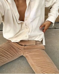 How To Get And Buy Gorgeous Stylish Clothes – Clothing Looks Mode Outfits, Fall Outfits, Fashion Outfits, Look Fashion, Winter Fashion, Curvy Fashion, Look Zara, Beige Outfit, Cooler Look