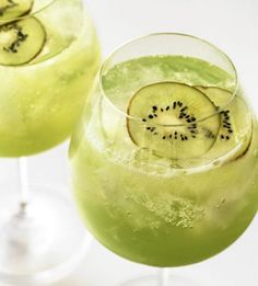 Shamrockin' Cocktails Recipes for a St. Patrick's Day Full of Lucky Libations : theBERRY