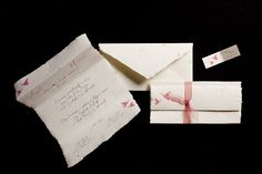 Partecipazioni nozze primaverile, romantico, elegante, carta a mano, farfalle: besito