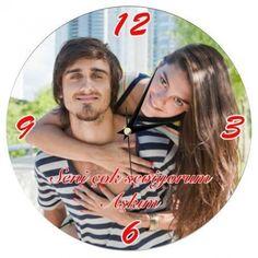 Hayatınıza girdikten sonra zamanı daha da anlamlı kılan sevgilinize, üzerine fotoğrafınızı bastırabileceğiniz bu duvar saatini hediye edip aşkınızın ciddiyetini onunla paylaşmak için zaman kaybetmeyin.. Ürün detayları için: http://www.buldumbuldum.com/hediye/kisiye_ozel_fotograf_ve_mesaj_baskili_duvar_saati/