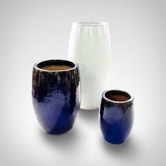 Vaso Vitrificado Branco  Vaso de cerâmica vitrificada vietnamita.
