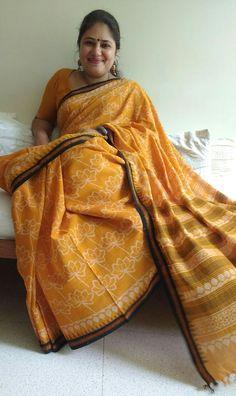 Beautiful Girl In India, Beautiful Women Over 40, Beautiful Muslim Women, Most Beautiful Indian Actress, Beautiful Saree, Arabian Beauty Women, Indian Girl Bikini, Saree Models, Elegant Saree