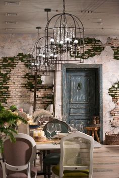 Awesome Industrial Style Decor Designs That You Can Create For Your Urban Living Space Apartment Industrial Design Deco Design, Wall Design, House Design, Deco Pizzeria, Interior Architecture, Interior And Exterior, Industrial Apartment, Industrial Furniture, Cafe Wall